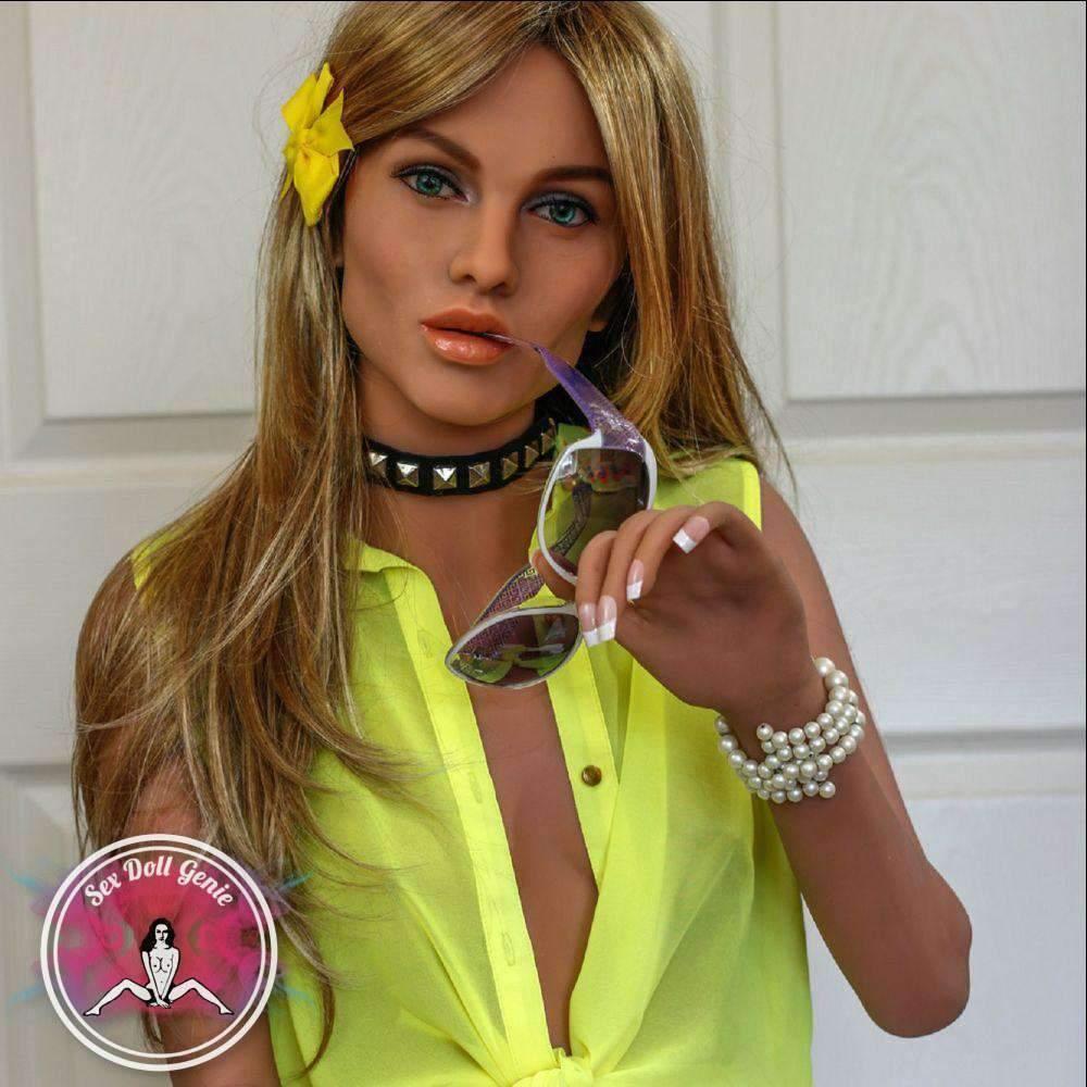Best Mature Sex Doll - Livia