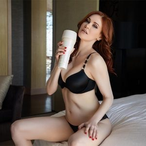 Maitland Ward Fleshlight Review - Toy Meets World Fleshlight Sleeve - Tight Chicks Fleshlight Texture